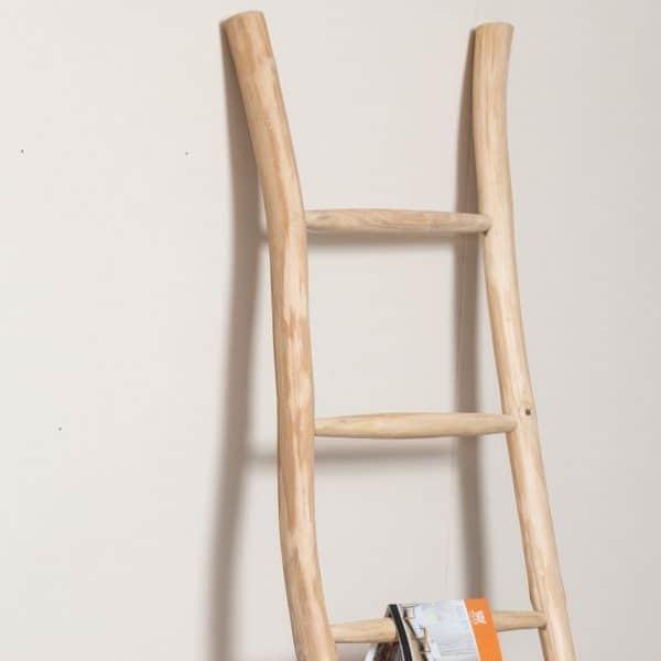 סולם נוי מעץ טיק - תמונה ראשית