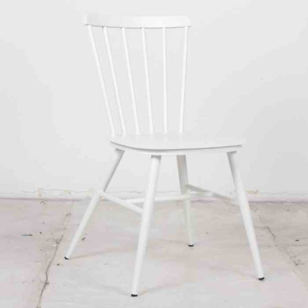 כסא אלומניום וינטאג׳ OFFWHITE