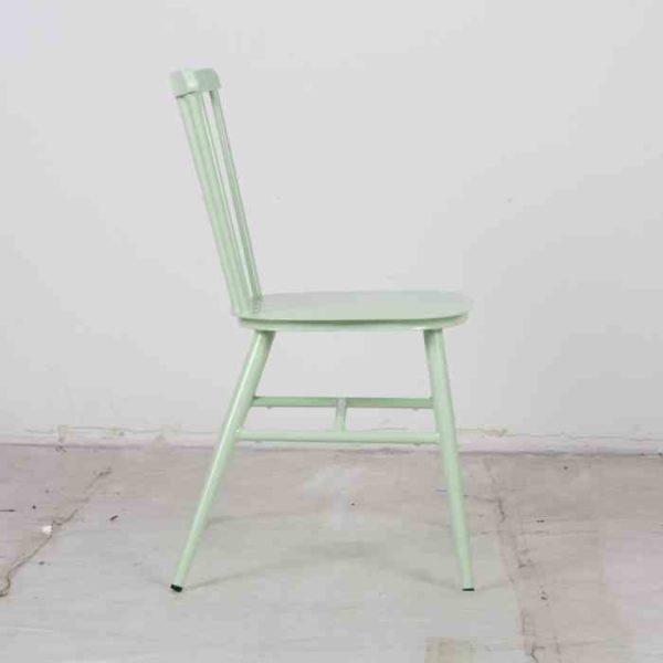 כסא אלומניום וינטאג׳ ירוק