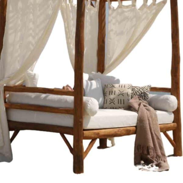 מיטת גזיבו מעץ טיק