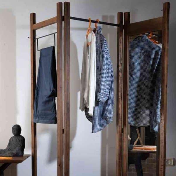 מעמד בגדים עם מראה - תמונה ראשית